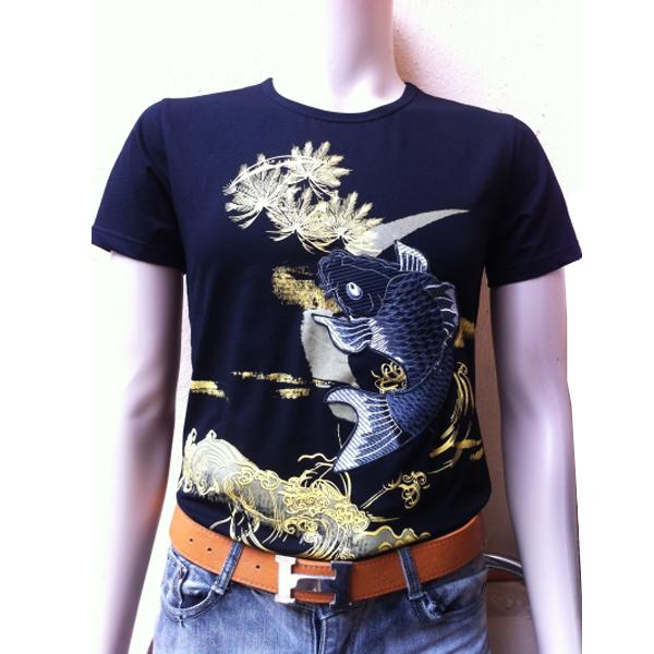 áo phông cá chép thêu đen